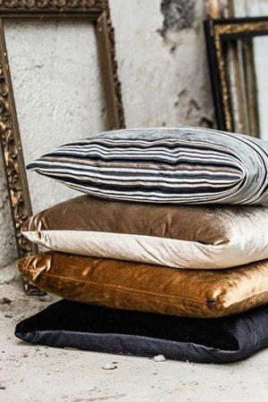Roma - kraftig sammet för möbler och inredning